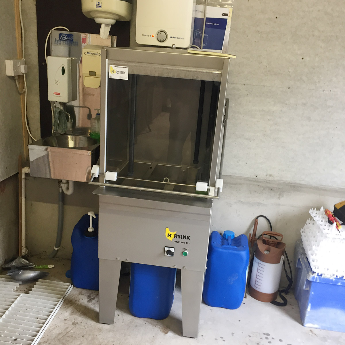 Clean Egg 252 machine